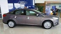 Ford Focus Trent đời 2019, màu nâu, giao ngay, khuyến mãi sập sàn