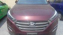 Cần bán Hyundai Tucson 2018, màu đỏ, 570 triệu đồng