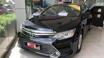 Bán Toyota Camry 2.0E 2015, màu đen số tự động