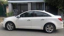 Cần bán gấp Chevrolet Cruze sản xuất năm 2016, màu trắng