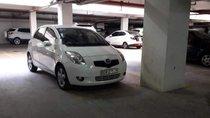 Cần bán lại xe Toyota Yaris đời 2010, màu trắng, nhập khẩu