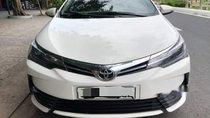 Bán Toyota Corolla altis 2.0AT sản xuất 2018, màu trắng, chính chủ