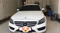 Bán xe Mercedes C300 AMG 2016 màu trắng bản full kịch