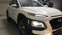 Bán Hyundai Kona đời 2019, màu trắng, giá 636tr