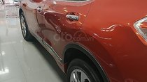 Bán ô tô Nissan X trail V Series 2.0 SL 2WD đời 2019, màu đỏ, mới 100%