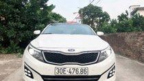 Bán lại xe Kia K5 2.0 AT năm sản xuất 2014, màu trắng, giá 738tr