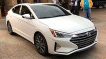 Bán xe Hyundai Elantra 2019, giá tốt LH: 0968.234.556