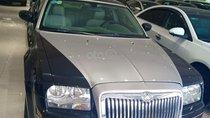 Bán Chrysler 300C 2.7 năm sản xuất 2006, hai màu, xe nhập