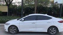 Cần bán Hyundai Elantra năm sản xuất 2018, màu trắng