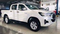 Bán Toyota Hilux 2.4AT đời 2019, màu trắng, xe nhập