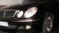 Cần bán gấp Mercedes E200 năm 2006, màu đen, xe nhập số tự động