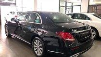 Cần bán Mercedes E200 sản xuất năm 2018, màu đen như mới