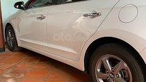 Bán Hyundai Elantra sản xuất năm 2016, màu trắng xe gia đình