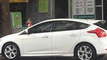 Xe Ford Focus sport 2014, màu trắng, xe nhập như mới