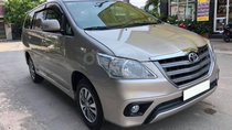Cần bán xe Toyota Innova 2016, số sàn, màu vàng cát