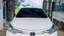 Bán xe Toyota Vios 1.5E 2017, màu trắng số sàn giá cạnh tranh