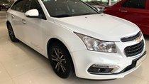 Cần bán Chevrolet Cruze LT 1.6MT 2017, màu trắng, giá 425tr