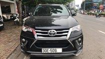 Bán xe Toyota Fortuner 2017 màu đen