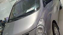 Cần bán Hyundai Starex 2.5 đời 2017, màu bạc, xe nhập