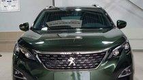Cần bán Peugeot 5008 đời 2019, màu xanh lục, mới 100%