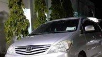 Bán Toyota Innova MT đời 2011, màu bạc, không ngập nước