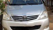 Bán xe Toyota Innova sản xuất 2010, màu bạc, xe gia đình, không cấn đụng ngập nước