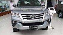 Bán Toyota Fortuner đời 2019, màu bạc