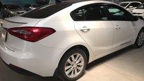 Bán Kia K3 1.6MT màu trắng số sàn sản xuất 2015 biển Sài Gòn đi đúng 34000km xe đẹp chuẩn