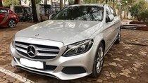 Mercedes C200 màu bạc/kem model 2018, đăng ký 2018. Xe chính hãng siêu lướt 2.900km