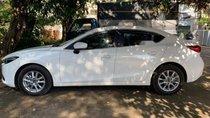 Bán Mazda 3 1.5L đời 2018, màu trắng, xe nữ sử dụng