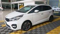 Bán Kia Rondo GAT 2.0AT sản xuất 2017, màu trắng