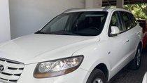 Cần bán Hyundai Santa Fe đời 2011, màu trắng, xe nhập chính chủ, giá tốt