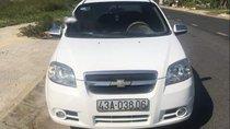 Cần bán gấp Chevrolet Aveo đời 2011, màu trắng như mới