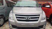 Cần bán Hyundai Starex 2.5 đời 2016, màu bạc, xe nhập