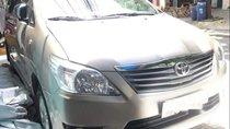 Bán Toyota Innova 2014, màu bạc, số tự động