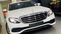 Hot hot, bán xe E200 mẫu 2019 khuyến mãi cực khủng