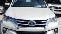 Bán xe Toyota Fortuner sản xuất 2019, màu trắng
