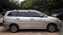 Cần bán xe cũ Toyota Innova đời 2015, màu bạc