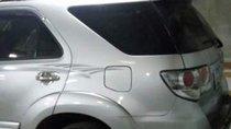 Bán Toyota Fortuner 2013, màu bạc, nhập khẩu, xe gia đình