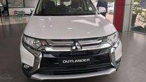 Bán Mitsubishi Outlander 2.0L 2019 -Màu trắng - cách âm cực tốt - giá sốc