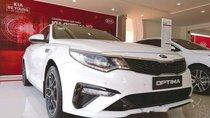 Cần bán Kia Optima Luxury 2.0 đời 2019, màu trắng, giá tốt