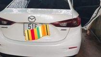 Bán Mazda 3 năm 2015, màu trắng, xe gia đình