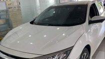 Bán Honda Civic 1.8E sản xuất 2018, màu trắng