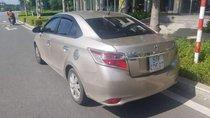 Cần bán gấp Toyota Vios sản xuất 2016, màu vàng, xe gia đình sử dụng