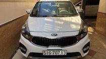 Bán xe Kia Rondo 2018, màu trắng, xe sử dụng còn mới 99%