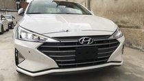 Bán Hyundai Elantra 1.6 MT 2019, màu trắng, giá tốt