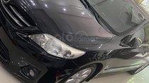 Cần bán Toyota Corolla altis đời 2011, màu đen chính chủ