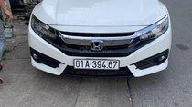 Bán Honda Civic 1.5TOP năm 2017, màu trắng, xe nhập Thái xe nhà cần bán 830 triệu