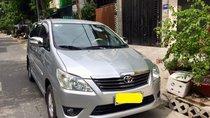 Cần bán Toyota Innova 2012 số sàn, xe nhà dùng rất kỹ, biển số đẹp