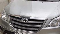 Cần bán xe Toyota Innova E đời 2016, màu bạc chính chủ, giá chỉ 615 triệu